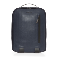 mode leather backpack