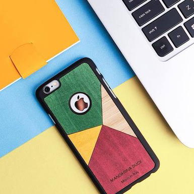 Mandarina Duck: iPhone 6 cases